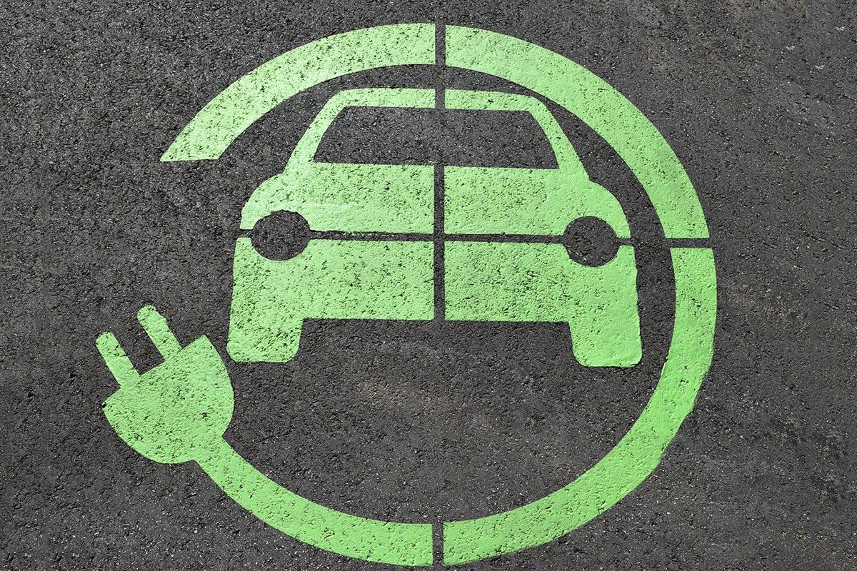 Benefits of Electric Vehicle